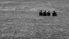 Friends.jpg (Deinert-Photography) Tags: streetfotografie deutschland flickr fujifilmx100f schwarzweis bremen blackwhite street schwarzweiss citylife hb hansestadt streetart streetphoto streetphotography ubanphotography urban
