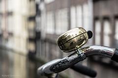 Amsterdam Bike Bell (De Hollena) Tags: amsterdam bicycle chinatown fahrrad fahrradklingel fiets fietsbel holland lespaysbas nederland niederlande noordholland nordholland rijwiel thenetherlands velo vélo bicyclebell bicyclette bike vélocipède