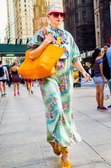 The New Yorkers - Stylish (François Escriva) Tags: street streetphotography us usa nyc ny new york people candid olympus omd photo rue sun light woman colors sidewalk manhattan fashion beautiful green orange red sunglasses smart class downtown bag