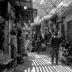 Marrakech 2019, 009 (haribote) Tags: planar tmax carlzeiss hasselblad cityscape 400tmy 503cw cf80mmf28 kodak マラケシュ マラケシュ=タンシフ モロッコ