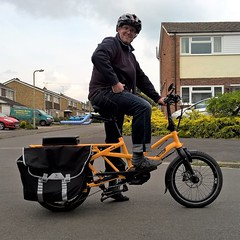 Cargo Bike. Witney Oxfordshire UK. (James Holme) Tags: cargobike warlandscycles witney westoxfordshire uk unitedkingdom mobilephotography mobilephone nokia nokia930