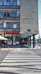 DONER KEBAB (serge der) Tags: doner kebab zag hdr croatia croatie building street outside sunny light day