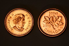 Canadian Penny is Extinct (Joseph Hollick) Tags: macromondays copper penny macro money coin onecent gone extinct