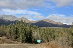 Mentasta Mountains (1) (neukomment) Tags: alaska road nabesnaroad mentastamountains mountains may 2019 spring wiiderness canoneosrebelt5i 18250mmf3563dcosmacrohsm sigmalens