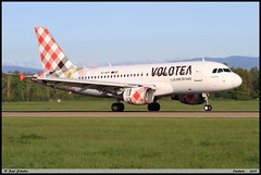 AIRBUS A319 111 VOLOTEA EC-MTF 2053 Entzheim avril 2019 (paulschaller67) Tags: airbus a319 111 volotea ecmtf 2053 entzheim avril 2019