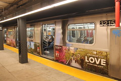 IMG_5717 (GojiMet86) Tags: mta ind nyc new york city subway train 2018 r179 3215 110th street cathedral parkway