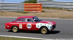 Alfa Romeo GT 2000 Junior 1973 (XBXG) Tags: xbzp92 alfa romeo gt 2000 junior 1973 alfaromeo ar bertone coupé coupe red rood rouge andrékardol nationaal oldtimer festival 2019 nationaaloldtimerfestival carshow race track motorsport circuit zandvoort nederland holland netherlands paysbas vintage old classic italian car auto automobile voiture ancienne italienne italie italia italy vehicle outdoor