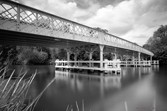 Whitchurch Bridge (Andrew Bloomfield Photography) Tags: 2019 andrewbloomfieldphotography fujifilm landscape location outdoor photograph uk wwwandrewbloomfieldphotographycouk whitchurchbridge bridge thames thethames river riverthames