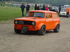 1971 Austin Mini Clubman Estate (Neil's classics) Tags: vehicle 1971 austin mini clubman estate car 1796cc
