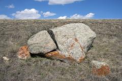 Timbergulch Trail, Grasslands - DSC_3519a (Markus Derrer) Tags: timbergulch markusderrer grasslandsnationalpark grasslands saskatchewan may ravine gully rock