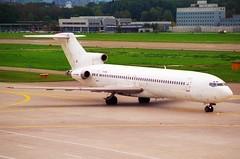 Untitled (JAT) Boeing 727-2H9; YU-AKL@ZRH;11.10.1997 (Aero Icarus) Tags: zrh lszh zürichkloten zürichflughafen zurichairport plane aircraft flugzeug