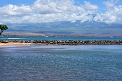 692 (bigeagl29) Tags: maalaea maui hawaii island oceanfront beach scenic scenery