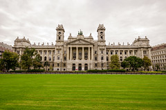 Grounds of Parliament Budapest (rschnaible) Tags: budapest hungary europe parliament building architecture grounds grass lawn