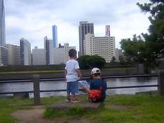 River Side Hama-Rikyu (turntable00000) Tags: hamarikyu garden kids tokyo japan shinbashi child seabus ginza turntable turntable00000 365 takashi kitajima photography
