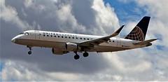 50919-091, N88327, '15 Embraer ERJ 170-200 LR (skw9413) Tags: albuquerquesunport kabq aircraftinflight n88327 embraererj170200lr unitedairlines