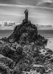 IMGP4879-Edit-Edit.jpg (peter_jdh) Tags: rock bc bowenisland monochrome caperogercurtislighthouse blackwhite canada bw ocean clouds