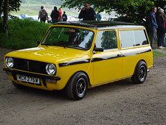 1980 Austin Morris Mini Clubman Estate (Neil's classics) Tags: vehicle 1980 austin morris mini clubman estate wagon car