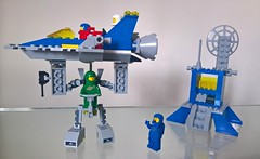 Classic Space - Exo Suit strength test (toastergrl) Tags: lego classic space movie 2 jenny benny yvenny exo suit traffic control sled moc spaceship cruiser foitsop