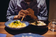 2019.5.20 (Nazra Z.) Tags: vscofilm raw okayama japan 2019 portrait husband japanese asian man food pasta spaghetti italian