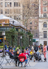 1378_0317FL (davidben33) Tags: spring 2019 newyork manhattan streetphoto street photos architecture people landscape cityscape buildings fashion women girls 718 42dst bryant park beauties portraits parks 5thave