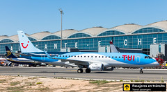 Embraer 190 TUI OO-JEB (Ana & Juan) Tags: airplane airplanes aircraft airport aviation aviones aviación embraer embraer190 taxiing alicante alc leal spotting spotters spotter planes canon closeup tui