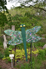 JIM_2819 (James J. Novotny) Tags: dragonflies sculptures sculpture d750 nikon rotarygarden rotarybotanicalgardens gardens garden gardenbotanical unlimitedphotos unlimiedphotos unlimited art artwork