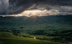 Riverowenreagh (Bernd Thaller) Tags: kenmare kerry irland riverovenreagh valley sun sunrays river ringofkerry highresolution 10000px landscape green clouds sunspot reflection