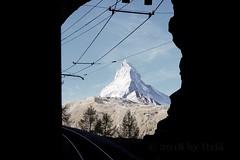 subiendo (Itzlä ° ~~~✈) Tags: zermatt switzerland gornergrat gornergratbahn alps mountains 2018 itzlä pentaxk1 landscape sky matterhorn