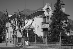 The mansion (lebre.jaime) Tags: portugal beira covilhã architecture ptbw bw blackwhite noiretblanc pb pretobranco digital ff fullframe fx nikon d600 retinaxenar5028 affinity affinityphoto mansion manor villa