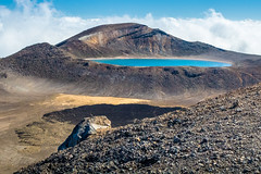 TONGARIRO ALPINE CROSSING (www.PhoTophe.com) Tags: bluelake canon christophehervouet discover efs1855mmf3556isii eos1300d explore hike lake mount mountains newzealand northisland photoshopcc tongariroalpinecrossing tongarironationalpark travel trip walk wander