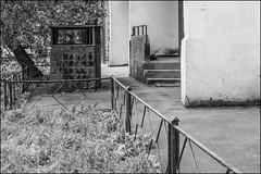 17drh0918 (dmitryzhkov) Tags: urban city everyday public place outdoor life human social stranger documentary photojournalism candid street dmitryryzhkov moscow russia streetphotography people man mankind humanity bw blackandwhite monochrome