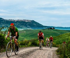 Eroica Montalcino is a cycle route on a white roads that takes place in a wonderful area of the 209 km route of Eroica, south of Siena between the Val d'Arbia, the Val d'Orcia and the Crete Senesi. The five routes start from Montalcino and stretch up to t (borghettob) Tags: montisi cretesenesi eroica montalcino tuscany sanquirico trequanda pienza eroicamontalcino