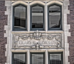 Indianapolis  Indiana -  Louis G. Deschler Company Building -  Cigar & Tobacco - Circle Centre Mall _ Facade (Onasill ~ Bill Badzo - - 64 Million Views - Thank ) Tags: louis g deschler company building marioncounty indiana cigar tobacco indianapolis german renaissance revival style architecture nrhp historic retail landmark downtown headquarters lafayette bloomington facade owl shield circlecentremaii