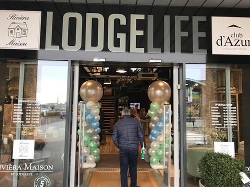 Ballonpilaar Breed Rond Lodgelife Spijkenisse