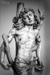 Hl. Sebastian (SK snapshots) Tags: bodemuseum berlin museum hlsebastian stsebastian lindenholz skulptur skulpturen sculpture bw sw blackwhite black white museumsinsel