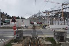 Andermatt - Station MGB East (Kecko) Tags: 2019 kecko switzerland swiss schweiz suisse svizzera innerschweiz zentralschweiz uri andermatt matterhorngotthardbahn mgb station bahnhof zug train umbau conversion baustelle constructionsite bahnübergang levelcrossing gotthardstrasse swissphoto geotagged geo:lat=46637440 geo:lon=8594980