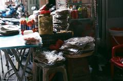 000029570029 (vuphone0977) Tags: vietnam fujifilm200 takuma 55f18 saigon sàigòn streetlife mylife cafe2fone