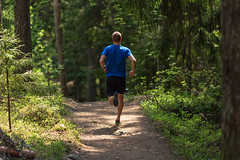 polkujuoksua Puijolla 4 (VisitLakeland) Tags: finland kuopio kuopiotahko lakeland puijo puijonaturepark juoksija juosta luonto maisema nature naturepark outdoor polku polkujuoksu pth run running scenery spring