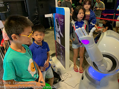 SG Digital Wonderland (Stinkee Beek) Tags: sunteccity singapore ethan
