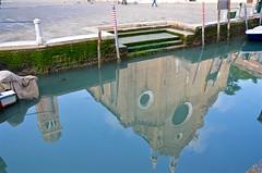 Basilica di Santa Maria Gloriosa dei Frari (Joe Shlabotnik) Tags: church chiesa italia april2019 2019 venezia reflection venice canal italy frari afsdxvrzoomnikkor18105mmf3556ged
