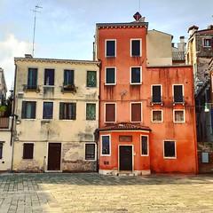 Campo San Stin (Joe Shlabotnik) Tags: instagram italia april2019 cameraphone venezia 2019 venice italy galaxys9