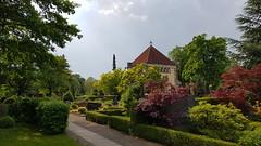 Gewitterlicht (1elf12) Tags: michaelisfriedhof gewitter cemetary friedhof hannover ricklingen germany deutschland