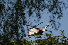 Sikorsky S92 Coastguard landing at Lyme Valley (Craig 210582) Tags: sikorsky s92 helicopter coastguard rescue936 hems newcastle newcastleunderlyme staffordshire lymevalley