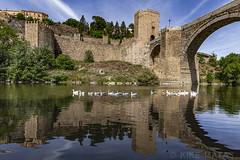 Rio Tajo, Toledo (kike.matas) Tags: canon canoneos6d canonef1635f28liiusm kikematas toledo castillalamancha riotajo puentedesanmartín españa reflejos aves rio agua paisaje primavera puente lightroom6