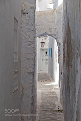 White street (Dr. Ernst Strasser) Tags: ifttt 500px hammamet medina street tunisia doors narrow old town white daylight mediterranean north africa tunisian house streets empty travel afrique du nord arab arabian arabic architecture méditerranée picturesque république tunisienne tunisie beautiful blue windows holidays summertime ernst strasser unternehmen startups entrepreneurs unternehmertum strategie investment shareholding mergers acquisitions transaktionen fusionen unternehmenskäufe fremdfinanzierte übernahmen outsourcing unternehmenskooperationen unternehmensberater corporate finance strategic management betriebsübergabe betriebsnachfolge