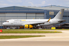 EC-MEQ Airbus A320-232S Vueling Airlines MAN 21MAY19 (Ken Fielding) Tags: ecmeq airbus a320232s vuelingairlines aircraft airplane airliner jet jetliner