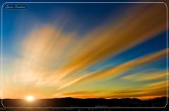 Ανατολή στη Θεσσαλονίκη !!! (Spiros Tsoukias) Tags: ανατολή ήλιοσ ελλάδα μακεδονία θεσσαλονίκη ουρανόσ σύννεφα βουνά ανατολήηλίου διακοπέσ sunrise holidays ηλιοβασίλεμα sunset