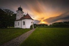 Little chapel (Melanie Martinu) Tags: outdoor sigmaart sigma canon germany bavaria field grass spring evening longexposure clouds colorful colors sky way sunset landscape nature chapel