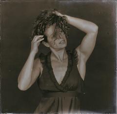 REMY CLARISSE 1527 V1 (REMYRO) Tags: design portrait tableau cheveux concept art style femme beauty beauté surréaliste peinture monochrome robe marron