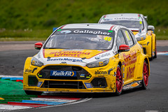 Ollie Jackson Team Shredded Wheat with Gallagher Ford Focus RS at Thruxton (jdl1963) Tags: british touring cars btcc motor sport motorsport racing thruxton circuit nrandover hampshire uk